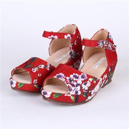 Wholesale High Quality New Summer Girl Children Floral Printing Princess Sandals Red Yellow Girls Kids Fish Mouth High Heels Big Girls Party Sandals