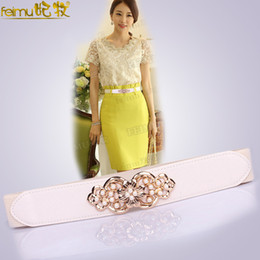 Accessories ith yellow dress xl