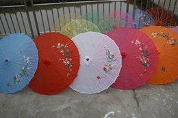 Wholesale Wedding Bride Parasols Paper Sun Umbrellas Sunshade Kids Dance Props Handmade Bamboo Handle White Red Blue Purple Colors WS007