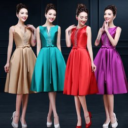 Wholesale 2015 Elegant Scalloped Neckline Ball Gown Bridesmaid Dresses Champagne Satin Ruched Knee Length Turquoise Prom Dresses Sequin Beaded Corset