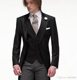 Wholesale Slim Fit Groom Tuxedos Best Man Groomsmen Men Wedding Suits Black Jacket Striped groom suits