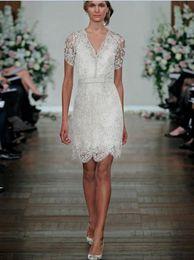 Wholesale 2016 ceinture col en V manches courtes Robes de mariée nouvelle mode transparente W1528 gaine robes de mariée en dentelle perles brillant superbe qualité supérieure