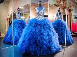 Wholesale Cristal real azul de la foto que rebordea los vestidos de Quinceanera El nuevo vestido del dulce pavimentó los vestidos del debutante de la princesa Backless Prom Dresses