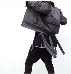 Wholesale Estilo militar para hombre de la chaqueta MA1 hip hop bombardero con la cinta Cinturón Negro para hombre Slim Fit Hip Hop de la chaqueta del equipo universitario de béisbol