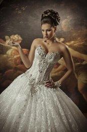 Wholesale Princesse Lace Robes de mariée robe de bal avec des strass Sweetheart perlé Lace Cathédrale Robes de mariée des cristaux Robes de mariée J1121
