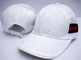 Wholesale Hot fashion leisure Men Women Outdoor Sports Cap Men s Female Designer Sun Hat Cotton Baseball Caps Hip hop hats Topper