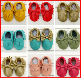 Wholesale 2015 Newest girls bows moccs Baby moccasins soft sole moccs genuine leather prewalker booties toddlers infants fringe bow cow leather shoes