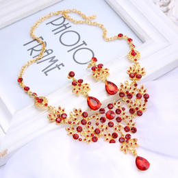 Wholesale Red African Beads Jewelry Set Bridal Earring Necklace Romantic HOt Tow Pieces Crystals Wedding Bridal Jewelry Set Dress Accessories