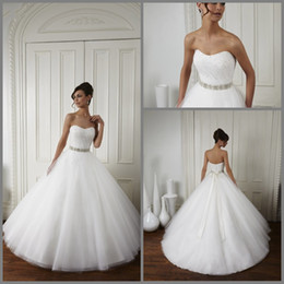 Wholesale 2015 Wedding Dresses New Arrival Princess Simple Elegant Sweetheart Beaded Sash Crystal Net Ball Gown Floor Length