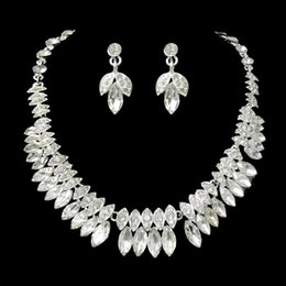 Wholesale Fashion Bridal Jewelry Sets Silver Leaf Necklace and Flower Dangle Earrings for Wedding Dress