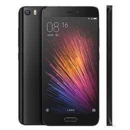 64GB Mi5 Xiaomi Mi 5 4G LTE Fingerprint Scanner Qualcomm Snapdragon 820 5.15 pouces 1920 * 1080 Android 6.0 Marshmallow 16.0MP Smartphone Caméra