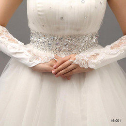 Wholesale 2016 In Stock White Bridal Gloves Wedding Gloves Lace No Finger Wedding Satin Appliques Lace Beading Fingerless Bridal Gloves Hot Selling