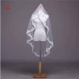 Wholesale Bridal Veils M white organza Lace applique edge veil
