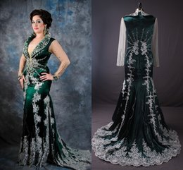 Wholesale 2015 Real Image Green Arabic Kaftan Evening Dresses With Sheer Long Sleeves White Applique Luxury Crystal Beaded Abaya Dubai Formal GownsZC