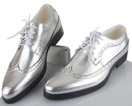 Zapatos de cordón del cuero del oro de los NUEVOS hombres clásicos zapatos del novio de la boda del negocio del ocio de la manera calza los zapatos de vestido respirable del mens Negro Plata