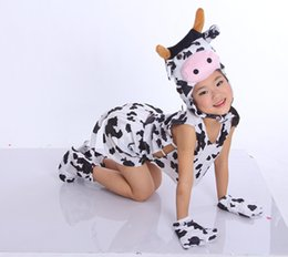 Wholesale Children s Day Animal Milk Cow Performance Sets Kids Boys Girls Lovely Costume Outfits Hairwear Tops Shorts Gloves Socks Stage Wear H1653