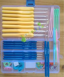 Wholesale knitting needle set crochet hook knitting needle soft handle boxes DIY Weave Craft Tool different size multi colour Tool pins clothing set