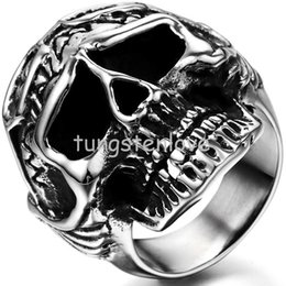 Wholesale Fashion Men Jewelry Cool Gothic Skull Biker Stainless Steel Mens Ring Halloween Gifts