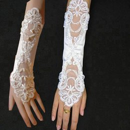 Wholesale Cheap In Stock Fashion Lace Satin Bridal Gloves Beading Fingerless Length Bridal Accessories Sexy Ivory Wedding Gloves