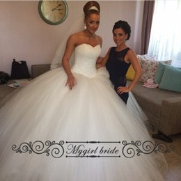 Wholesale Tulle Ball gown wedding dress Bling Rhinestone Beaded Puffy Princess Bridal Wedding Gowns Plus size Elegant Design