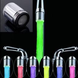 2016 nova moda LED torneira de água fluxo de luz 7 cores mudando brilho chuveiro toque cabeça cozinha temperatura sensor venda quente