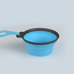 Discount plastic dog bowls wholesale New Arrival TPE Foldable with Handle Euro Hole Pet Dog Cat Food Bowl Drinking Water Bowl For Small Medium Dog 7 Colors Size S L