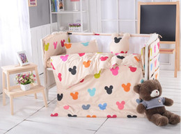 Wholesale 100 cotton Cute Cartoon kids bed sets for cribs bedding