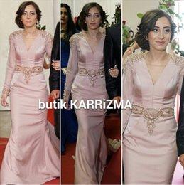 Wholesale Tarik Ediz Pearl Pink Amazing Beaded Detail Dubai Arabic Formal Party Prom Dress Kaftan Abaya Long Sleeve Mermaid Evening Dresses