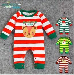 Wholesale Nouveaux bébés garçons mamelon bébés mamelons hiver girafe de Noël rayé épaissir les enfants nouveau né portent un morceau Jumpsuit bébé vêtements