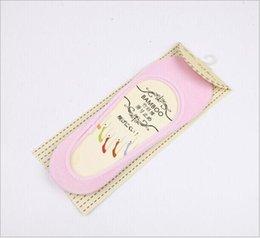 Prix d'usine !!! 2000pairs 13 Couleur Sock antidérapants Pantoufles femmes fibre de bambou Silicone Invisible Liner No Show Peds Low Cut Socks