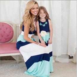 2016 été mère fille robe rayée correspondant maman fille vêtements famille look maman et fille robe bohème style famille vêtements