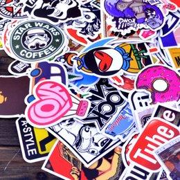100/200 / 300pcs / pack Autocollants Autocollant coloré blanc noir de planche à roulettes Autocollants de voiture vinyle de bagage d'ordinateur portable de graffiti