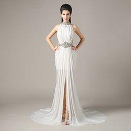 Wholesale 2016 senhoras formal smoking elegante sexy simples feriado branco vestidos de noiva com contas sequins chiffon alta pescoço ilusão noiva vestidos QW707