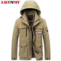 Wholesale LONMMY M XL capucha de la chaqueta los hombres del estilo militar chaqueta hombres rompevientos Marca de ropa chaquetas y abrigos para hombre del Ejército Abrigo