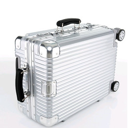 Spinner Hard Case Luggage Online | Spinner Hard Case Luggage for Sale
