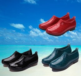 Discount Water Shoes Pvc   2017 Water Shoes Pvc on Sale at DHgate.com