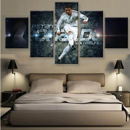 Discount ronaldo figures 2017 ronaldo action figures on for Decoration chambre real madrid