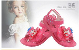 Wholesale Children s Sandals Sweet Flower Pearl Crystal Sandals Girl Princess Slip On Soft Leather Beading Children Shoes Us size