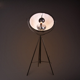 LOFT Vintage Industrial Coffee House Europe du Nord Art Salon Chambre Simple Creative Tripod Floor Lamp