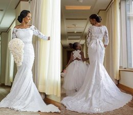 Wholesale Vintage Lace beaded crystal ivory beach Mermaid Wedding Dresses Long Sleeves Court Train Garden Bridal Gowns