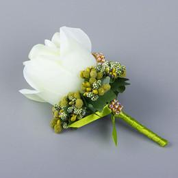 Rose blanca preciosa del padrino de boda de la broche de las flores para el banquete de boda del desgaste de hombres de la decoración del novio Ramillete Accesorios Proveedor de boda