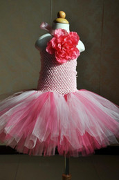 2017 Pink Halter Neck Flower Girl Robes Short Colorful First Communion Robes Little Baby Girls Birthday Ball Gowns pas cher MC0223