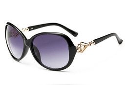 Discount woman uv sunglasses Wholesale Sunglasses Sun Glasses For Women Fashion Sunglass UV 400 Vintage Womens Cheap Designer Sunglasses Ladies Luxury Glasses 4L0A30