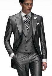 Discount Men Grey Shiny Suit | 2017 Men Grey Shiny Suit on Sale at