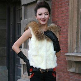Ladies White Fur Lined Coats Online | Ladies Fur Lined Winter ...
