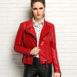 2016 Новая женская из натуральной кожи куртка черный красный Кожаные куртки для женщин короткой овчины натуральной кожи стиль тонкий Brand Free
