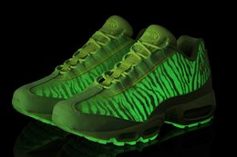 Discount Shoes Run Air Max air 95 PREM TAPE Running Shoes for Men and Women max Design 95 LED Glow in Dark Sneakers Boots Low Maxes Size 36-47