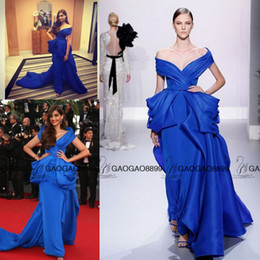 Wholesale Sonam Kapoor in Ralph Russo Stunning Cannes Film Festival Celebrity Gowns Off shoulder Sweep Train Over Skirts Arabic Evening Dresses