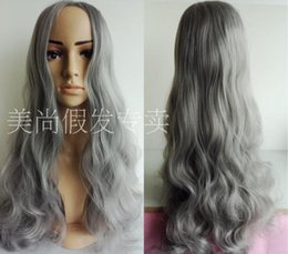 Wholesale cinza cabelo sintético longa peruca bainha centímetros frete grátis partido perucas cosplay de mulheres sensuais novo popular fumaça marca
