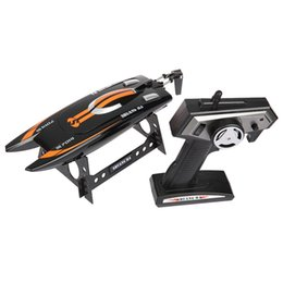Wholesale-Shuang Ma 7014 2.4GHz 3CH Electric RC Waterproof Racing Boat With Display Rack RTR Version Remote Patrol Boats